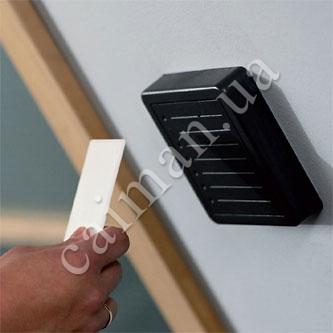 Schlüssel und Ableser der Systeme der Kontrolle und der Zugangsverwaltung