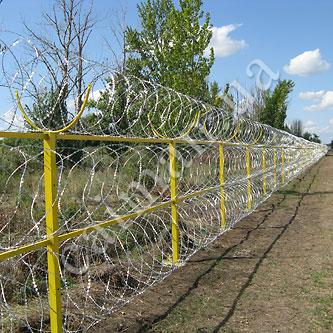 Забор из спирального барьера СББ Егоза